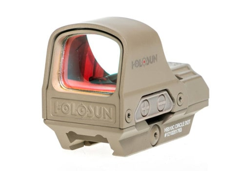 Designed To Fight testuje celownik Holosun HS510C