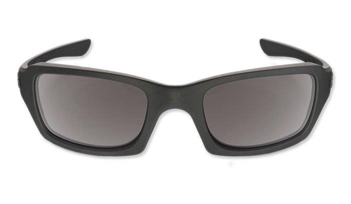 9643ba1941f ... Oakley - SI Fives Squared Matte Black Sunglasses - Grey Polarized -  OO9238-11 ...