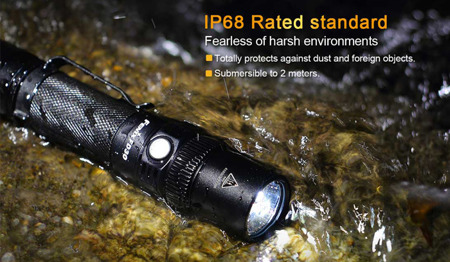 Fenix - FD30 Rotary Focusing Flashlight - 900 lm