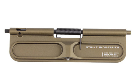 Strike Industries - Klapka wyrzutnika łusek BUDC Billet Ultimate Dust Cover - Flat Dark Earth - AR-BUDC-223-FDE