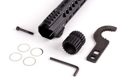 "Strike Industries - Łoże Strike Rail do AR-15 - 15,5"" - Czarny - SI-StrikeRail-155-BK"